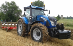 Agritechnica Preview: First Landini CVT tractors