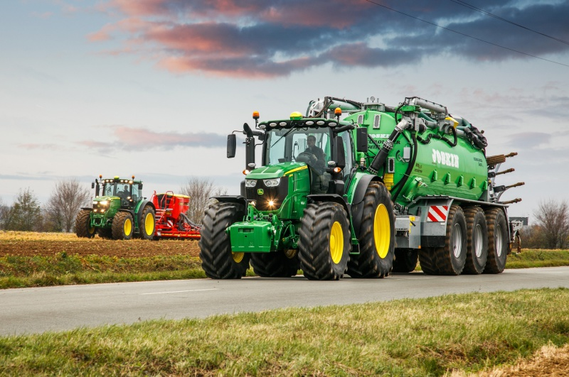 John Deere adds new flagship tractors to 6R Series