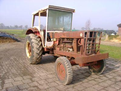 International tractor onderdelen