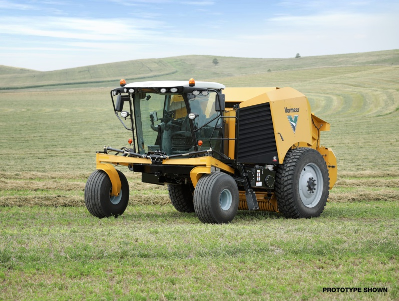Vermeer develops self-propelled round baler