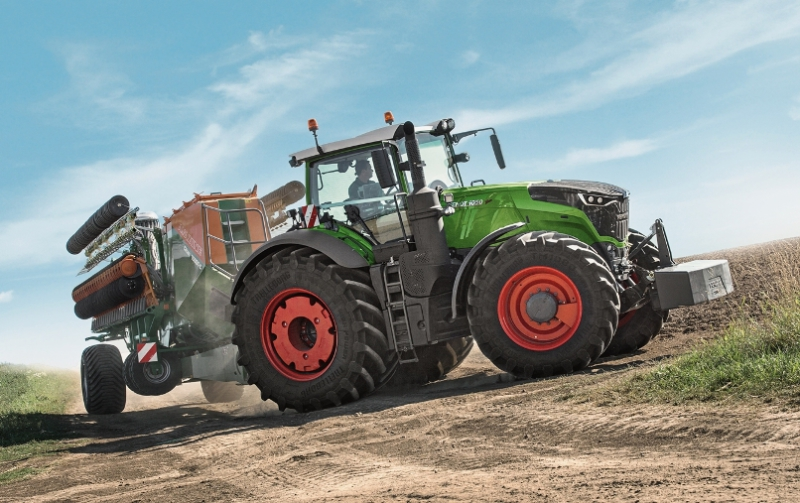 Fendt delivers 1,000th Vario 1000
