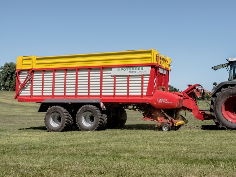 New features for larger Pöttinger wagons