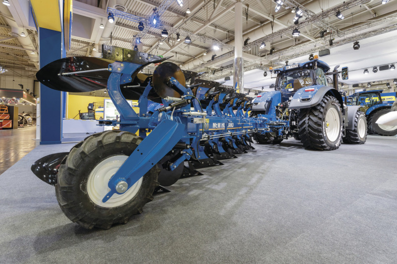 New Holland grass and arable kit brochures