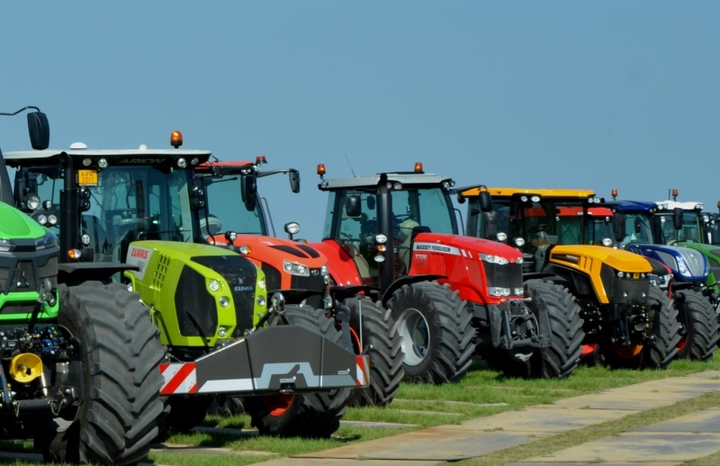 Slight fall in UK tractor registrations
