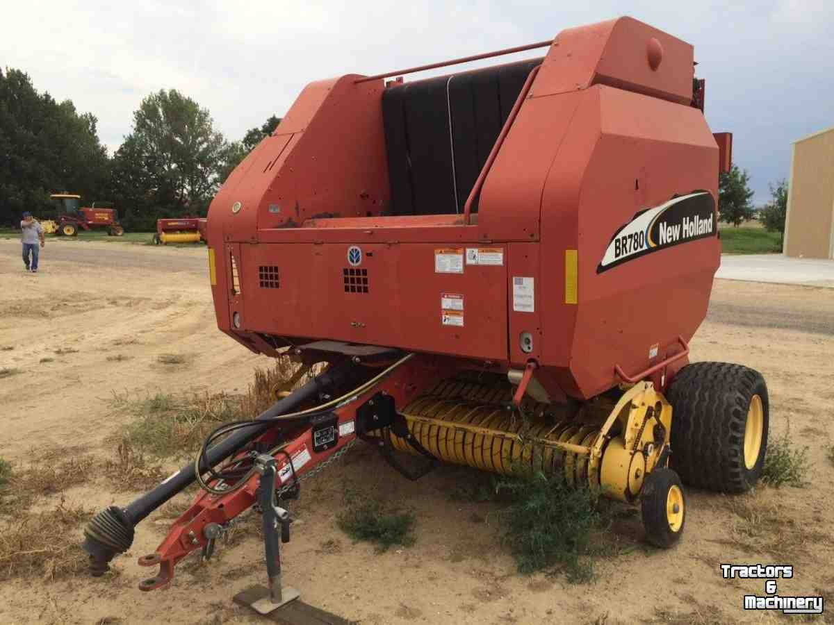 New Holland BR780 TWINE SURFACE WRAP ROUND BALER CO USA - Used Balers -  2003 - 80631 - Greeley - Colorado - USA