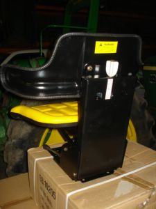 Diverse new spare-parts John Deere mechanisch geveerde stoel / Mechanical suspended seat
