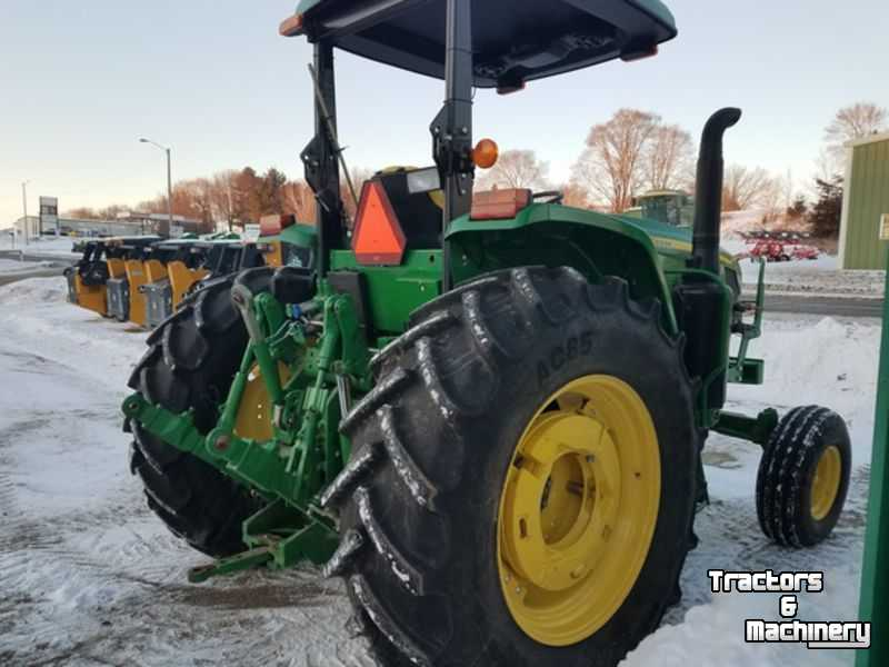 John Deere 6120E 2WD OPEN STATION CANOPY TRACTOR WI USA - Used Tractors -  2012 - IL 62510 - Assumption - Illinois - USA