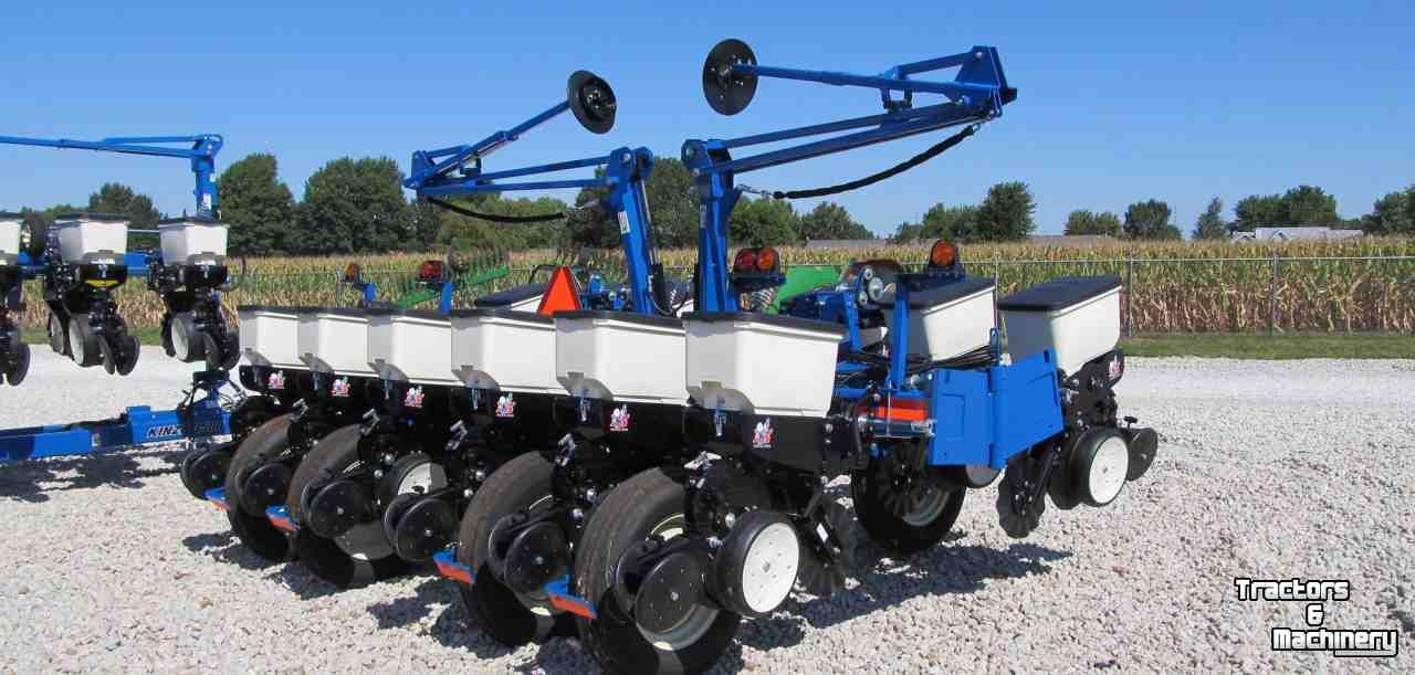 Kinze 3200 Econo Fold 12 Row Planter Il Usa Used Vegetable