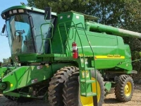 Combine John Deere 9650W 2WD LEVEL LAND COMBINE IL USA