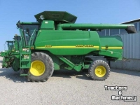 Combine John Deere 9550  2WD LEVEL LAND HYDRO COMBINES ONTARIO