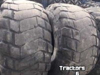 Wheels, Tyres, Rims & Dual spacers Michelin 24R20.5 Michelin XS Opgesneden 20%