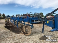Ploughs Overum DTL6108H SEMI MOUNTED PLOW ONTARIO