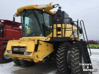 Combine New Holland CR940A 2WD COMBINE FOR SALE MN USA