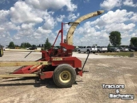Forage-harvester Gehl 1000 PULL TYPE FORAGE HARVESTER ONTARIO