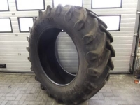 Wheels, Tyres, Rims & Dual spacers Pirelli 600/65x38, 95%