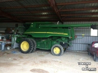 Combine John Deere 9650 STS 2WD CORN BEAN LEVEL LAND COMBINE WY USA